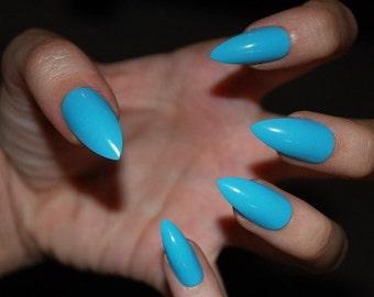 Sky Blue Stiletto False Nails [MATTE or GLOSSY] - Set of 20 - fake nails, stiletto nails, blue nails, matte nails, press on nails