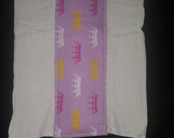 Princess crowns burp cloth