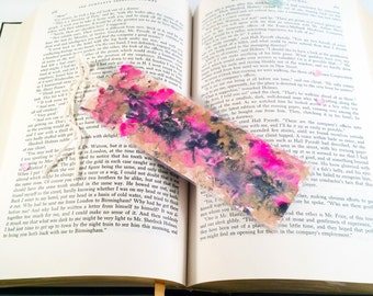 Unique Bookmarks, Cute Bookmarks, Book Jewelry, Paper Bookmarks, Book Lover Gift, Gift for Her, Handmade Bookmarks, Marbled Bookmarks