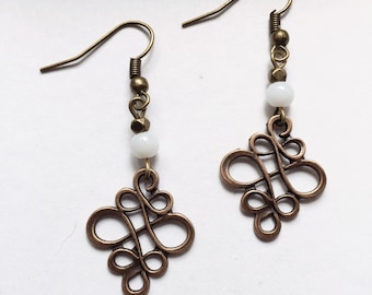 Earring filigree with White Pearl