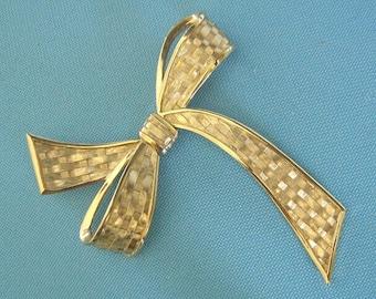 Trifari Gold Tone Basket weave Bow Brooch - Ad Piece
