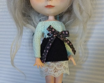Blythe dress black and blue with lace