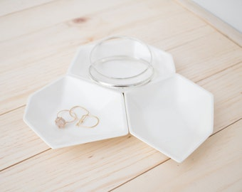 Large Geometric Ring Dish set of 3 in White.