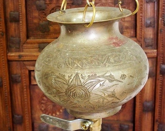 2 liters of antique solid brass orient Ayurveda Shirodhara Dhara vessel -No: 21