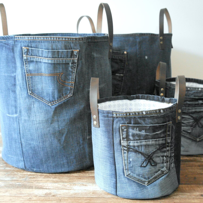 Medium storage basket made of old jeans laundry basket by for Old denim