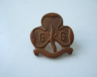 Vintage Brass Girl Guides Pin Badge