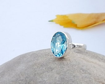 Blue Topaz Ring, Oval Cut Blue Topaz Gemstone 925 silver Ring Size 8