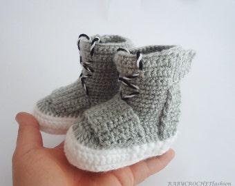 Baby Booties, Crochet Baby Booties, Crochet Baby Boots, Yezzy 750 boost, West Shoes, Crochet Baby, Crochet Booties, Baby Girl, Baby Boy, UGG