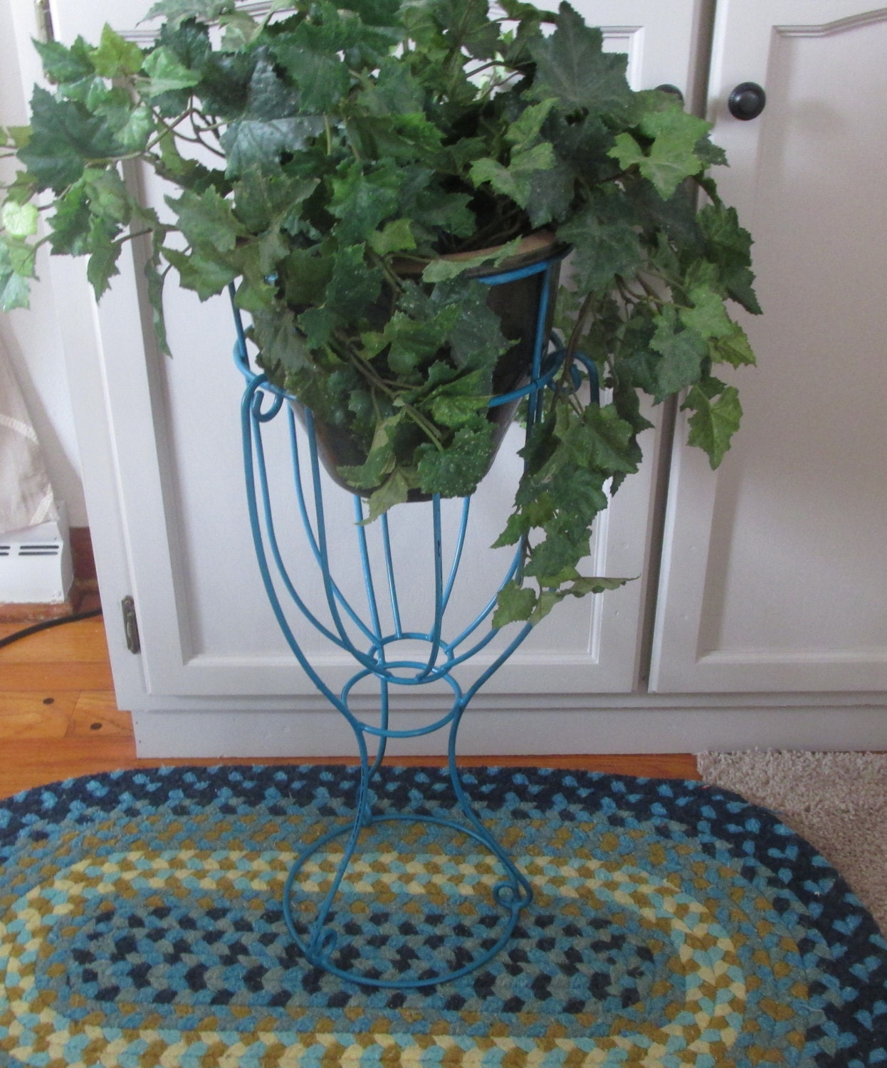 Lovey Plant Stand Tall Standing Plant Basket Distressed