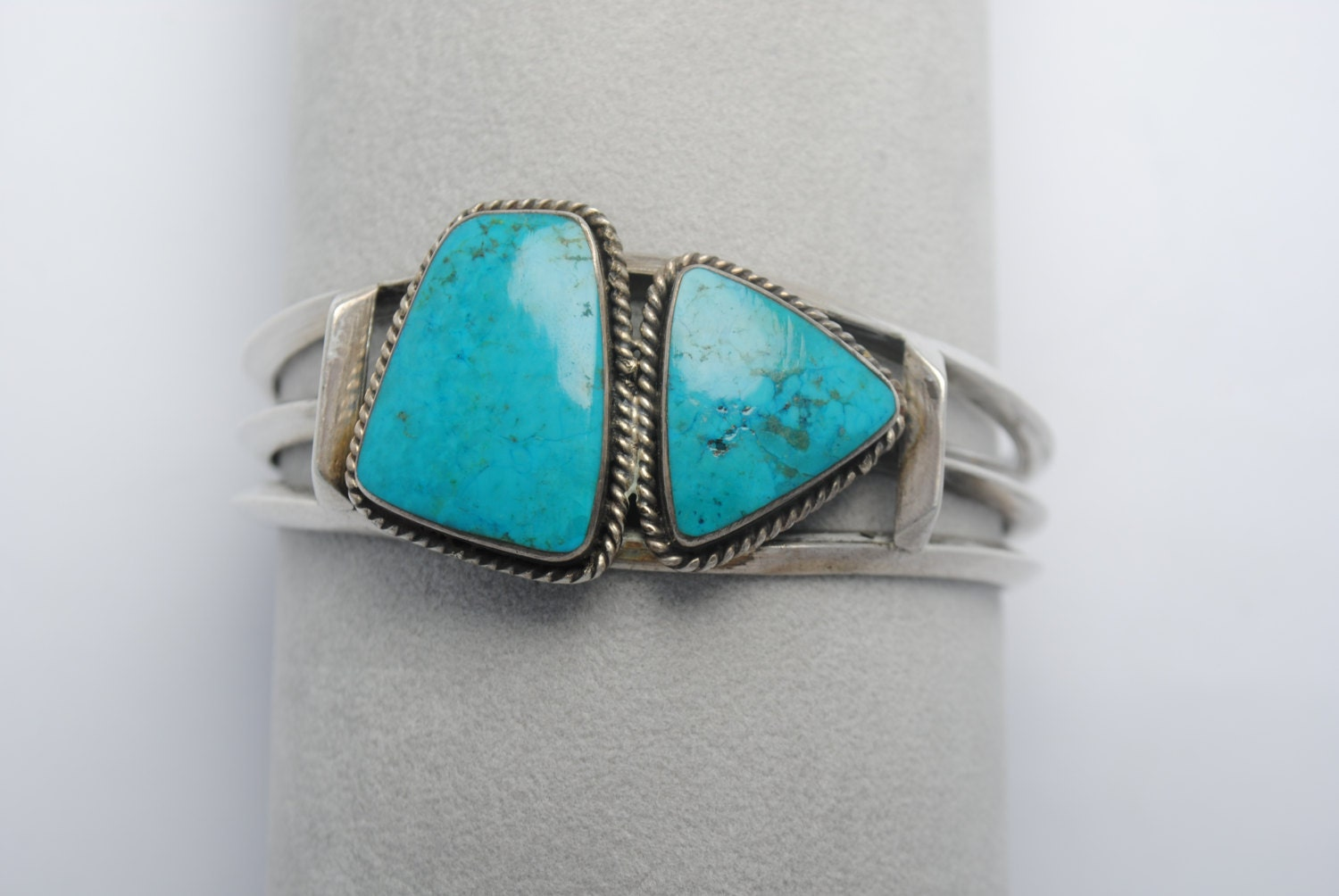 Bijoux American Vintage : Turquoise cuff bracelet native american and sterling silver