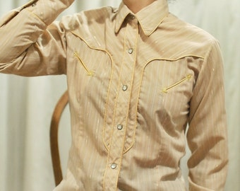 Traditional Western Cowgirl Button Down