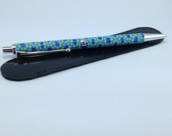 Pen in polymer clay for mines of 0.7 mm