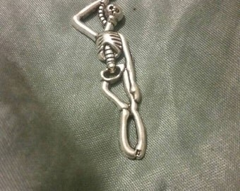 Hanging Skeleton Choker Necklace