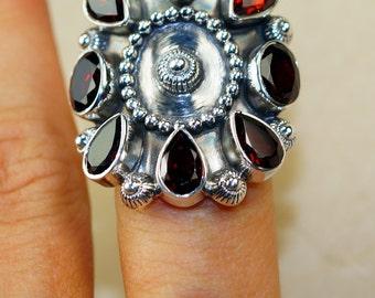 Garnet & 925 Sterling Silver Ring size 8