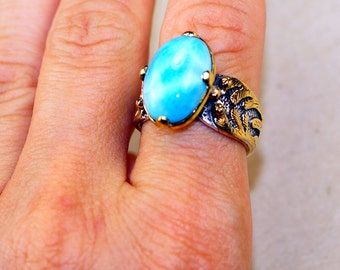 Stunning Larimar set in Pure 925 Sterling Silver and 18K Gold Plated Ring size: 9