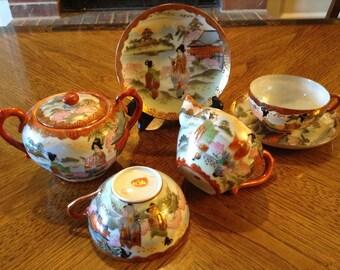 Antique Meiji Japanese Kutani Porcelain Tea Set (2) Cups & Saucer Sets Creamer Covered Sugar Bowl w Gold Moriage 7pcs