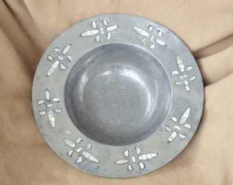 Vintage Pewter Bowl; Pewter Bowl with Shells