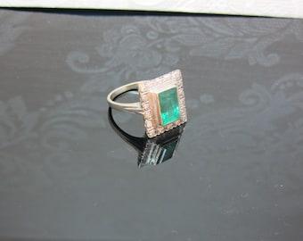 ART DECO emerald diamond ring 14ct gold