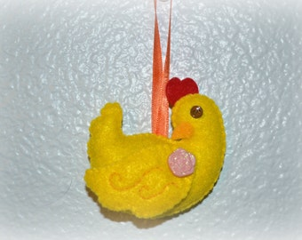 Sitting Chicken Hen Ornament
