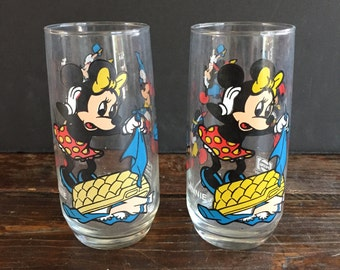 2 matching Pepsi Mickey / Minnie Mouse drinking glasses - 1980's