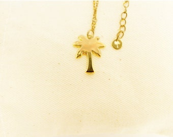 Cocoyana Palm Necklace New Arrivals