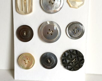 Vintage Mother of Pearl Buttons/ Vintage Buttons / Vintage Sewing/ Shell Buttons
