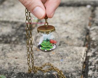 Miniature Terrarium Glass Dome Necklace