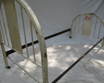 vintage 1950s metal bed frame shabby cottage kids cabin twin bed frame summer home guest cottage metal bed garden trellis