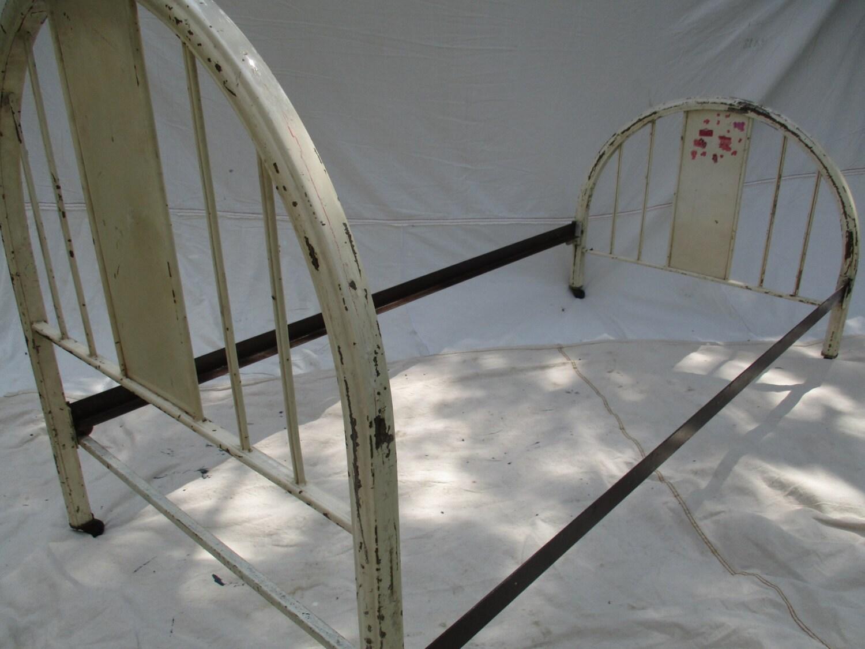 Vintage 1950 S Metal Bed Frame Shabby Cottage Kid S