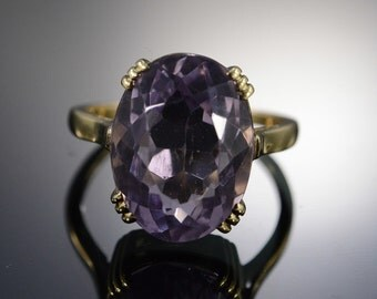 14K Vintage 9.00 CT Oval Amethyst Ring - Size 7.5 / Yellow Gold - EM506