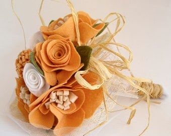 Orange Felt Flower Bouquet ,Alternative Wedding Bouquet, Bridal bouquet felt flowers, Bridesmaid bouquet orange felt. Rustic felt bouquet.