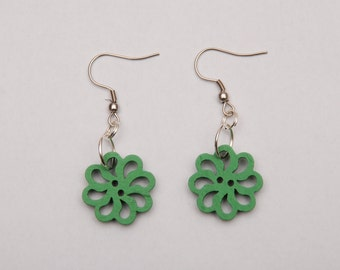 Flower shaped earrings with colored wooden buttons