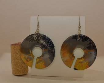 """Almost Circle earrings made from """"Monster Rehab Tea + Lemonade"""" can"""