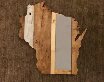 Wisconsin Reclaimed Wood State Outline Wall Art - Large