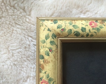 70s Floral Picture Frame