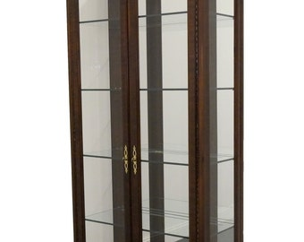 """DREXEL HERITAGE Chippendale Collection 35"""" Lighted Display / Curio Cabinet"""
