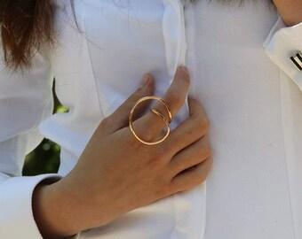 Rose circle ring