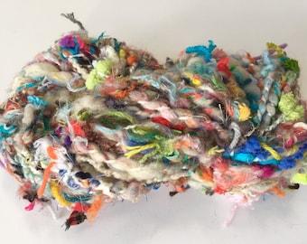 ReCYCLeD SCRaPs Handspun Yarn, ART YaRN, Multicolor SuPER BuLKy YaRN HandSpun Novelty Yarn, CHuNKy CoNFeTTi Wool Mixed Fibers Textured YaRN