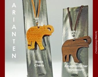 Necklace elephant made of fine wood