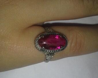 Vintage Edwardian 10k White Gold Filigree Ring Hot Pink Stone