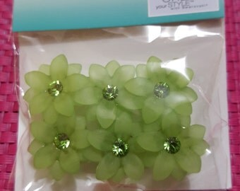 Crystal Innovations 3D Flower Sliders Peridot featuring Swarovski Crystals 6PCS
