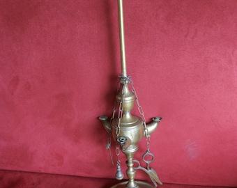 Antique Florentine oil lamp made of bronze - XIXth century