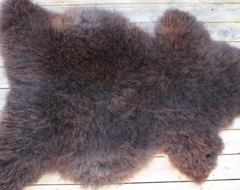 Supersoft sheepskin rug from Norwegian pelt breed - 16083 dark brown