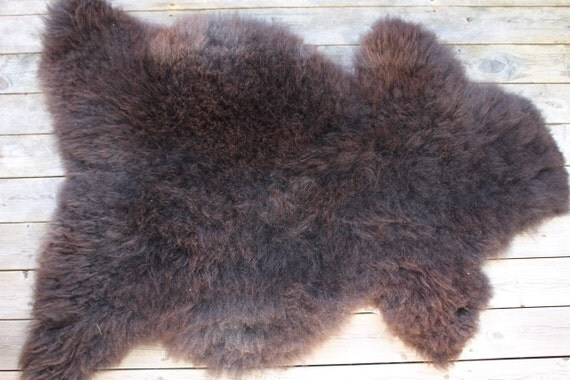 Supersoft sheepskin rug from Norwegian pelt breed - 16083 dark brown