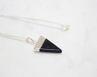 Triangle necklace dipped in Silver - Blue Sand gemstone - Red Agate gemstone - Black Agate gemstone - Tiger Eye gemstone - Green Aventurine