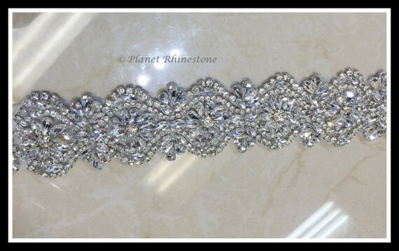 1 Yard Hot Fix Beaded Rhinestone Bridal Trim (Rhinestone Belt/Swarovski Shine) #0408