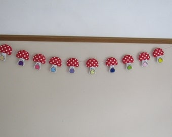 Fairy Toadstool Bunting, Woodland Bunting, Toadstool Bunting, Felt Bunting,  Handmade felt fairy toadstool bunting, Nursery décor.