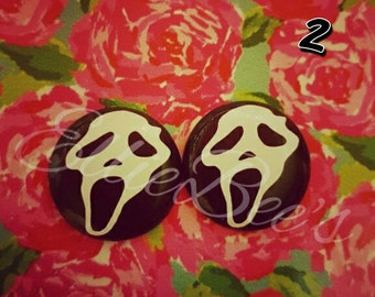 Scream earrings