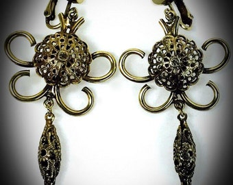 vintage brass scroll filigree drop clip on earrings