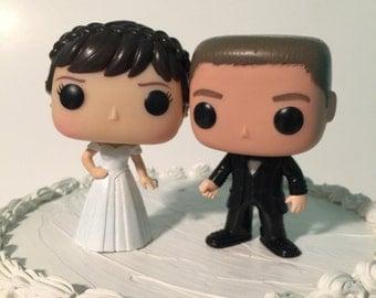 Custom Funko Pop Brunette Bride and Groom Wedding Cake Topper Set (FREE SHIPPING to U.S.)